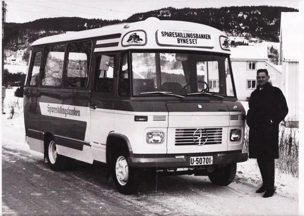Spareskillingsbankens buss på Byneset